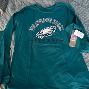 Size large Philadelphia Eagles long sleeve NWT